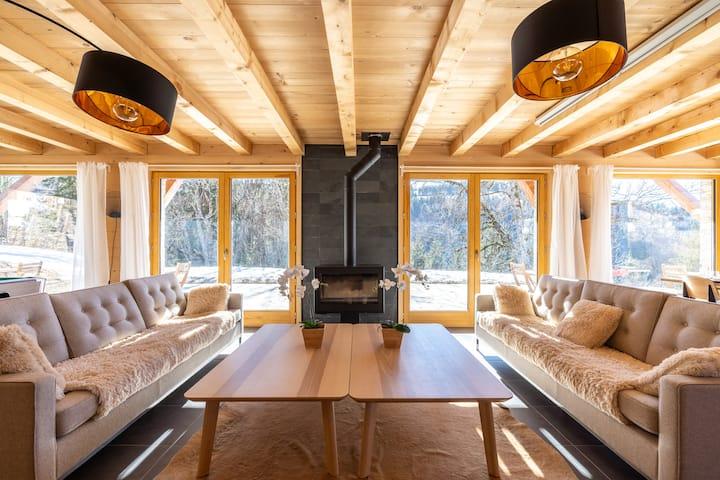 Chalet classé 5 étoiles avec balnéo Billard sauna