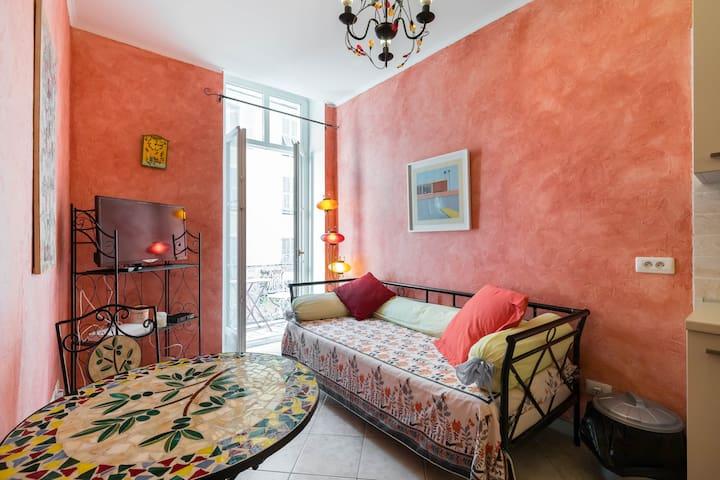 Appartamento provenzale a Nizza (3 min dal mare)