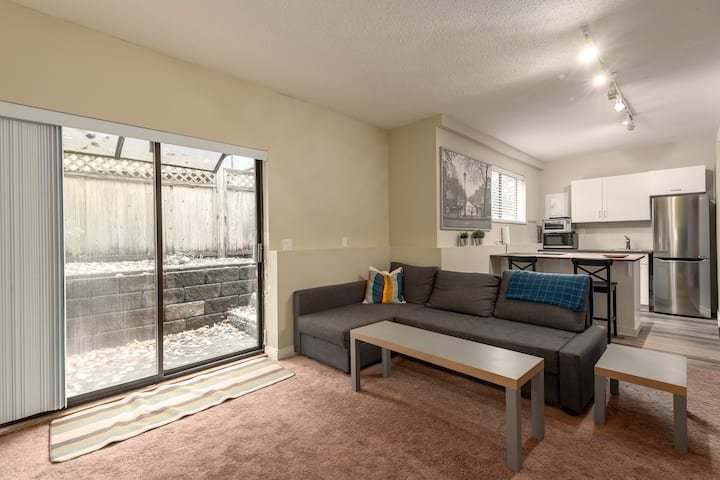 Private Garden Suite on the North Shore