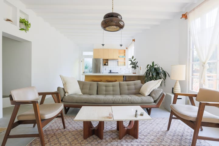 The Topanga Bungalows - Suite Two