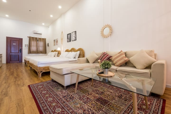 Brand-new BOHO apartment 2min walk RussianMarket