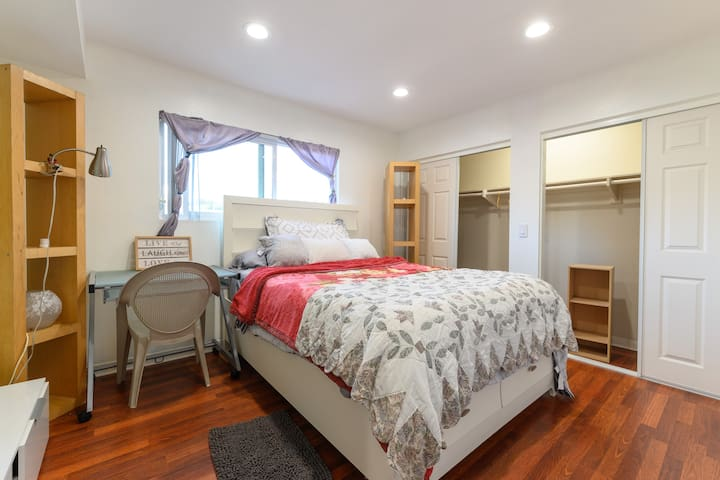 New Los Angeles Glassell Park Private Bedroom Bath
