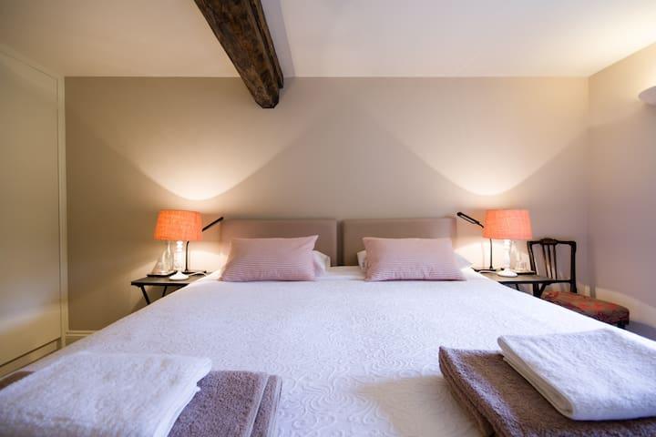 """Mercia"" (Bedroom 1) - King Bed"
