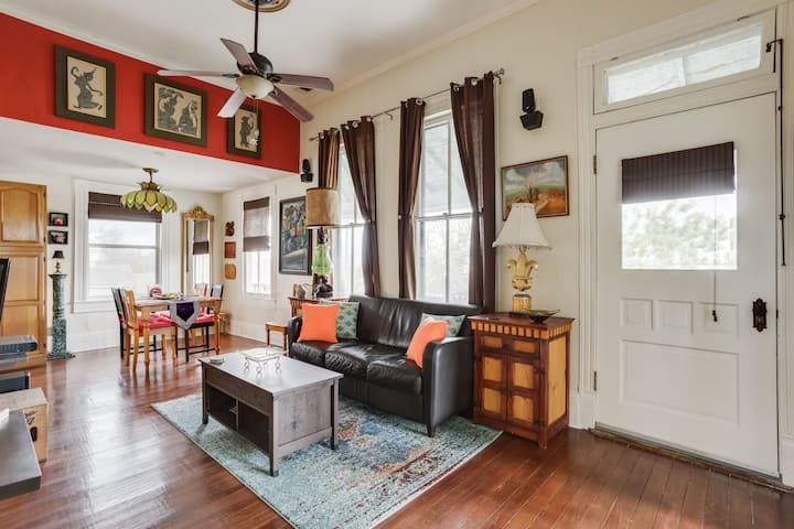Cozy & Private Apartment near Downtown 2BR/1BA