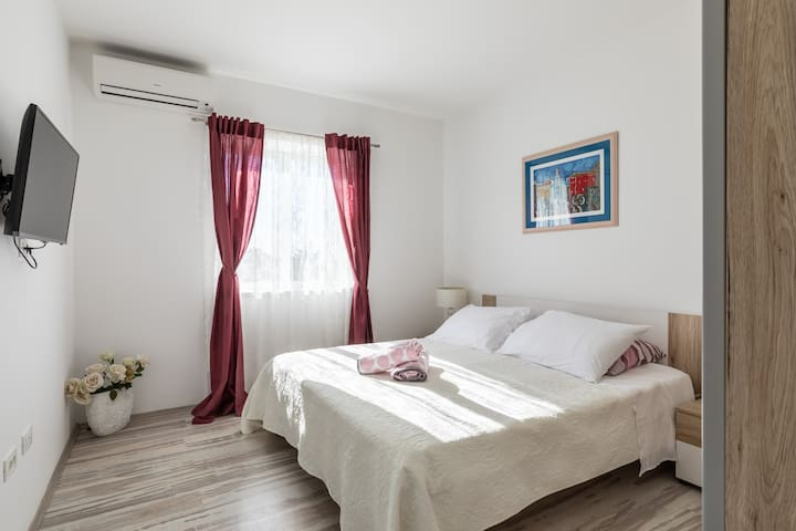 NEW **** APARTMENT WITH SOUL