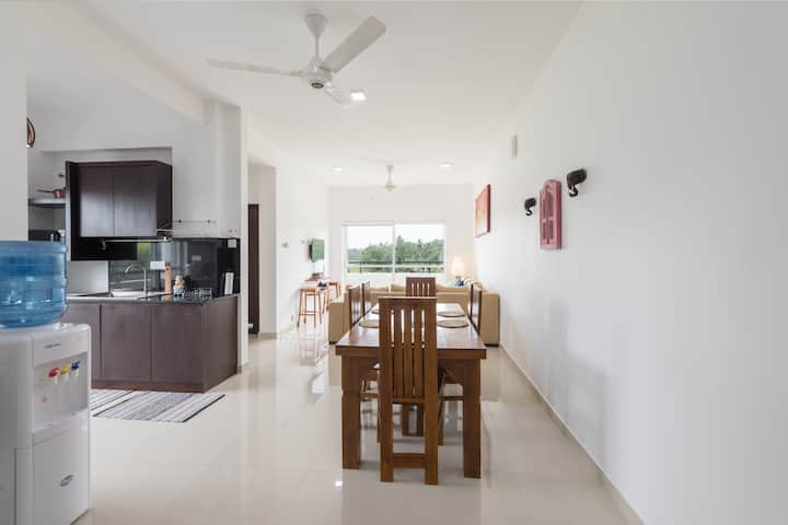 Flora Residence : 3BD/2BTH  Homely Apartment