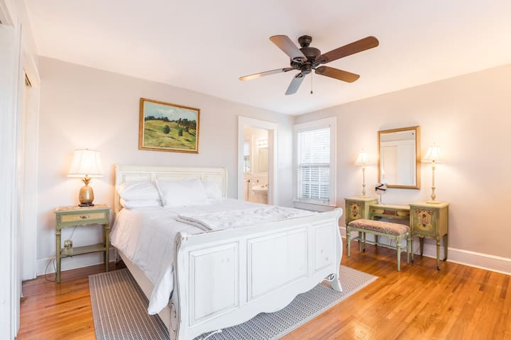 Master bedroom with queen luxury mattress, 2 double closets, & antique furniture.