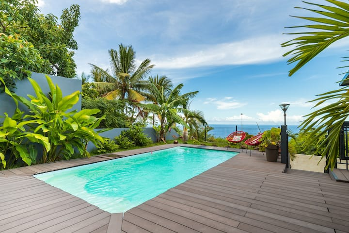 Grand Studio dans jardin tropical accès piscine