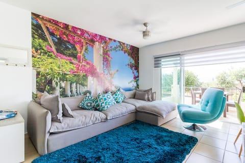 Full-equipped Apartment in beautiful condominium