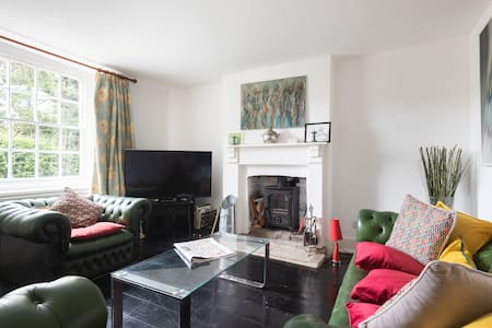 Sol House - A great Sussex country escape