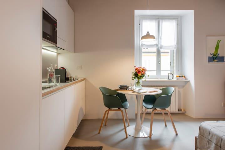 Design Studio a Porta Venezia - Le case di Daniela