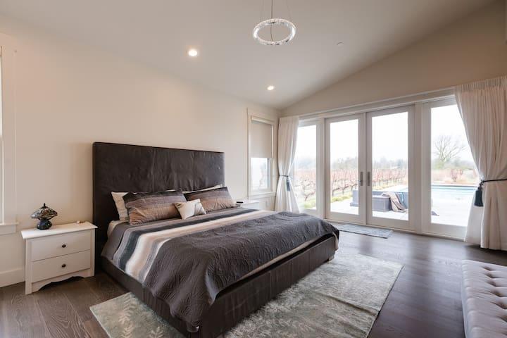Master Bedroom - 1