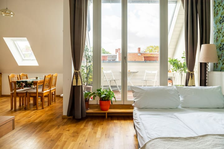 Bright Flat, just 3 min from S-Wollankstr.