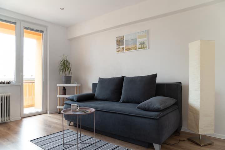 New&Cozy Apartment,City Center,Balcony,FreeParking