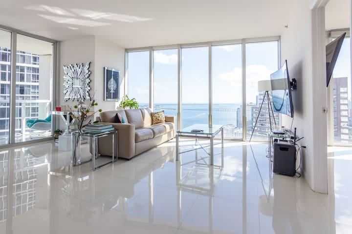 5★ Icon Brickell 2 Bedroom | 2 Bathroom Oceanview