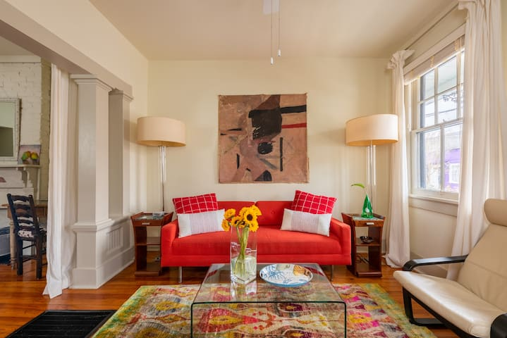 Excellent Marigny nest, steps to French Quarter!
