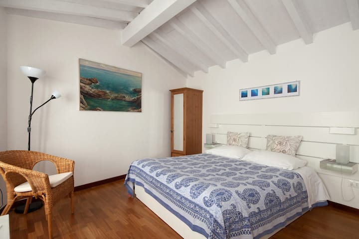 CASA BINI,  Vernazza (Citra 011030-LT-0025)