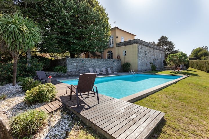 Rural house in farm w/ swimming pool next to beach