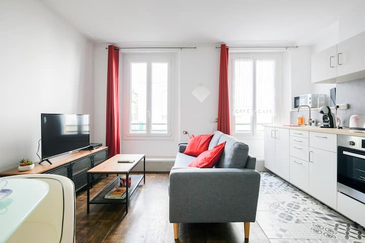 Spacious studio in the city center, near INSEAD