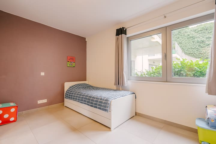 Level 0: Bedroom. One or two beds of 90/200 cm. (12 sqm)