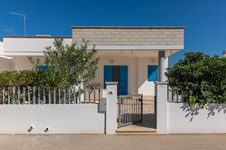 Villa 400 meters from the beaches
