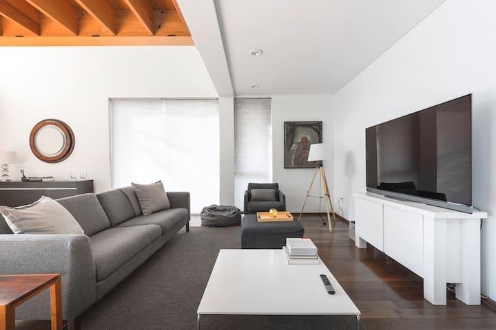Comfortable duplex in the heart of Condesa
