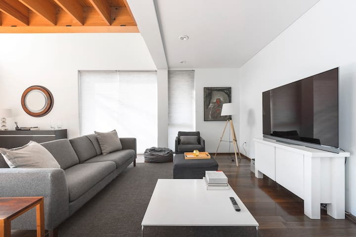 Comfortable duplex in the heart of Condesa