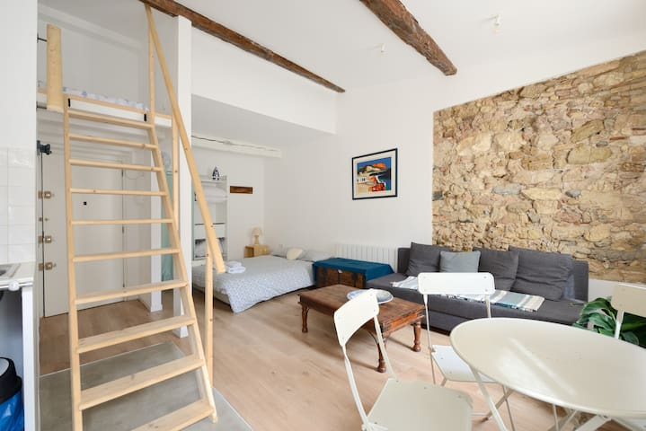 T1  panier / vieux port neuf + mezzanine