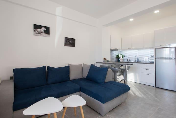 La Perla Apartment 2