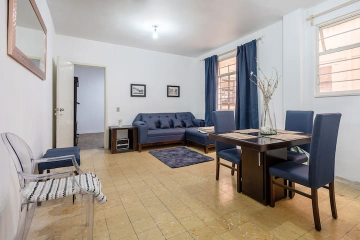 spacious apartment in downtown near to Bellas arts