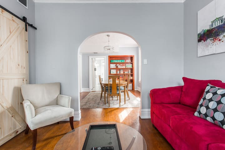Chicago Logan Square super comfortable 3 Bedroom