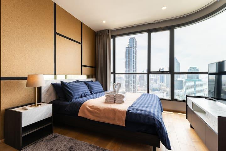 曼谷至尊豪宅 | 步行至Central World | 四面佛 | 水門 | Platinum商場