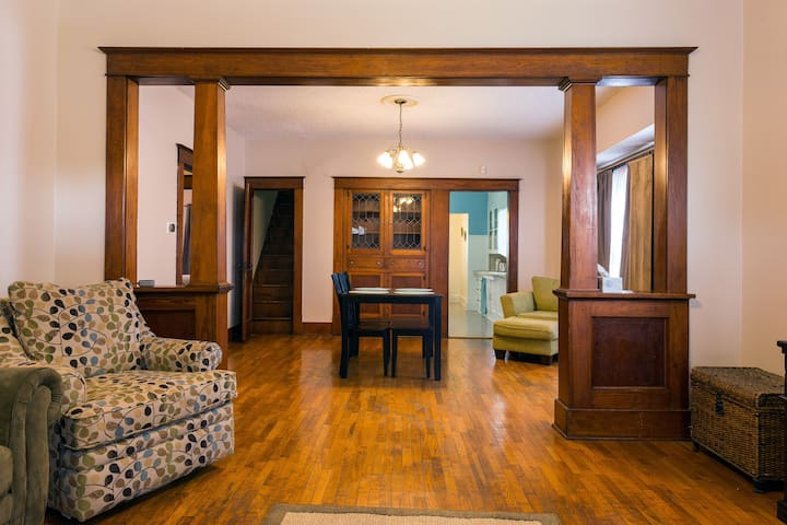 Family-Friendly 1920s Bungalow in Leavenworth