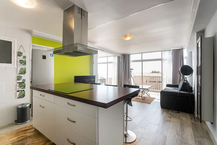 Bright apartment with beautiful views