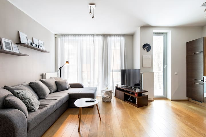 Modern apartment in the ❤️ of Tallinn with balcony