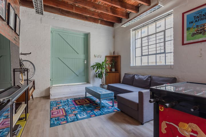 CT apt. with amazing interior and great location.