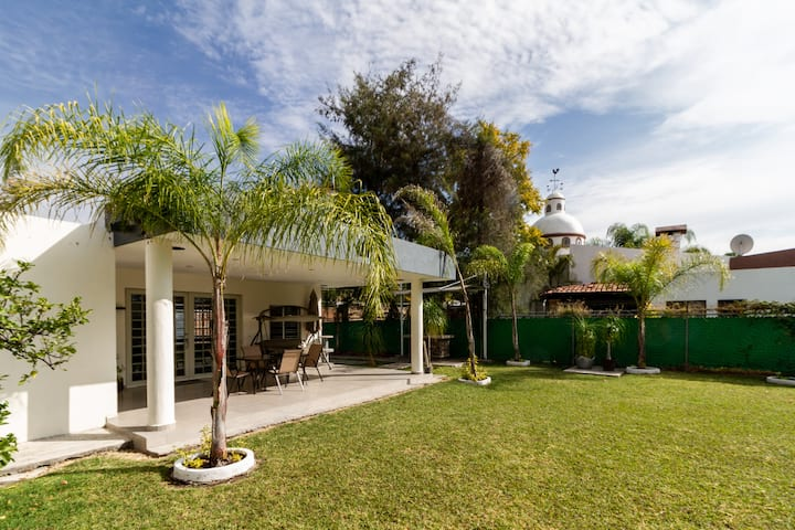 Moderna casa de descanso muy cercaChapala,Ajijic,G