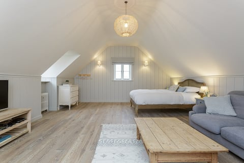 Luxury annexe near the River Itchen & Alresford