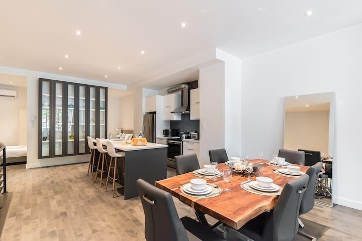 Sunny 2 Bedroom apartment in Saint Denis