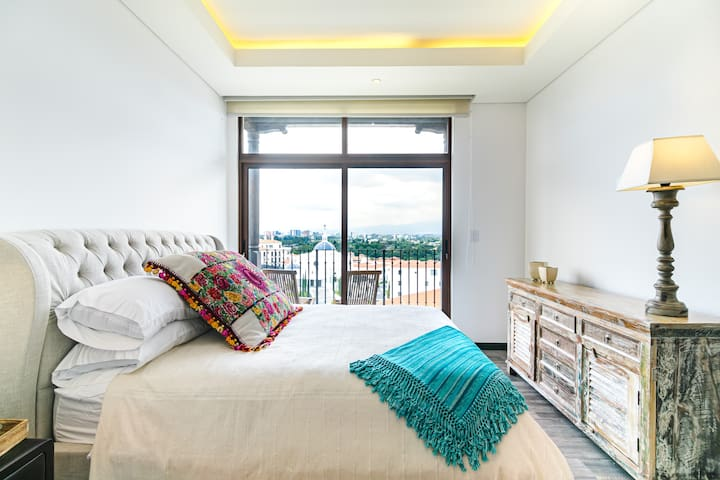 Luxurious Cayalà All Furnished Equipped Apartment