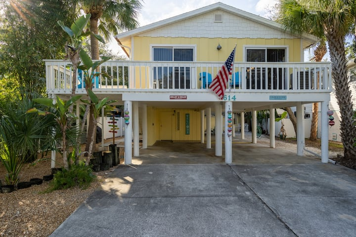 Walk to Beach! Wraparound Porch with Ocean Breeze!