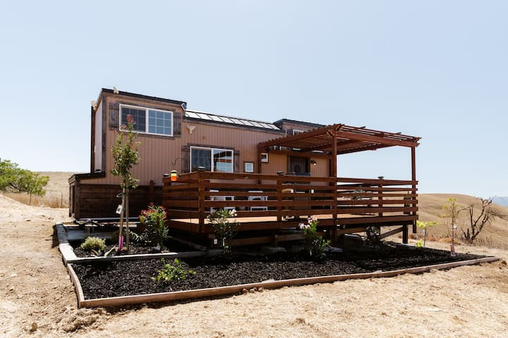 TINY HOUSE On a 100 acre Ranch in Livermore!