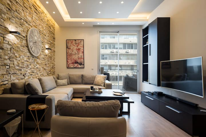 Modern 1-Bedroom Apartment in Downtown Beirut