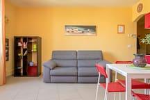 Appartamento giovanile tra mare e centro