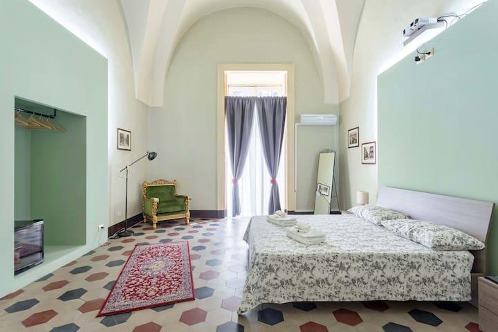 Let's B&B Catania centro  Palazzo del Toscano