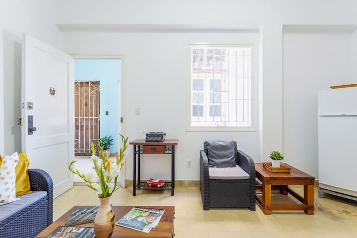 Old Havana Square/ Brand New Apartment by CUBAHOST