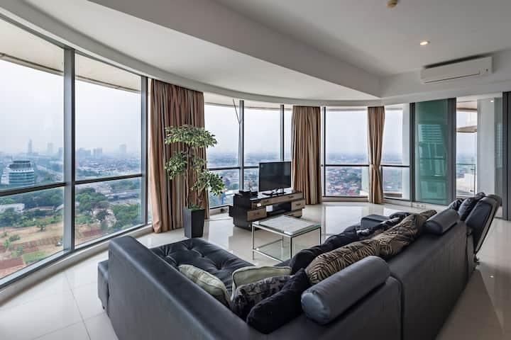 St Moritz Lux 5Bed&4Bath 200M2 suite +Private Lift