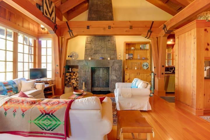 Reidun's Cabin at House on Metolius