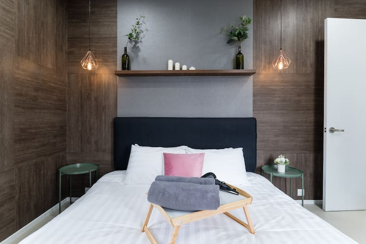 Modern & Cozy One Bedroom(5)Arcoris KL CITY#1-5pax