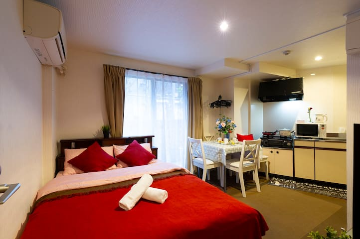 Near station 6 min/Free wifi/Max 4 guests#104